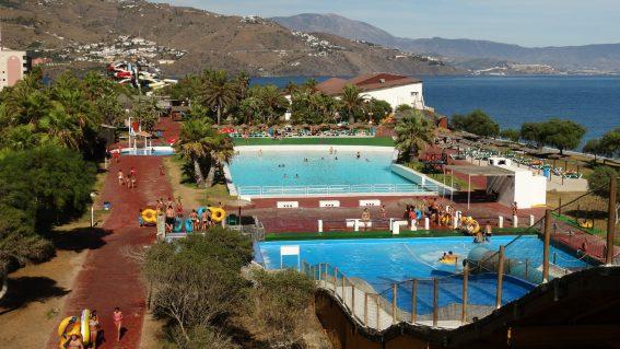 Parque Acuático «Aquatropic»