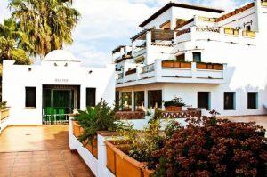 Apartamentos Bahía Santa Cruz – 2Llaves