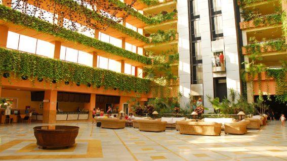 Hotel Almuñécar Playa Spa 4*