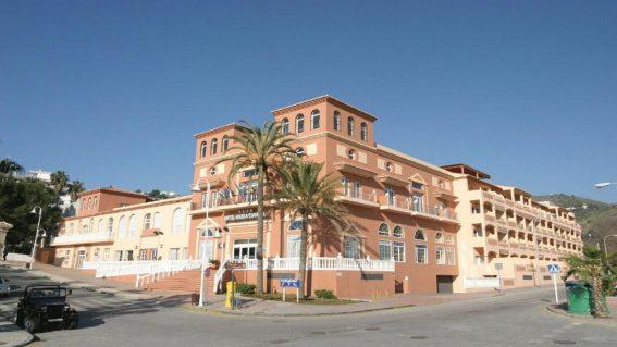 Hotel Bahía Tropical 4*